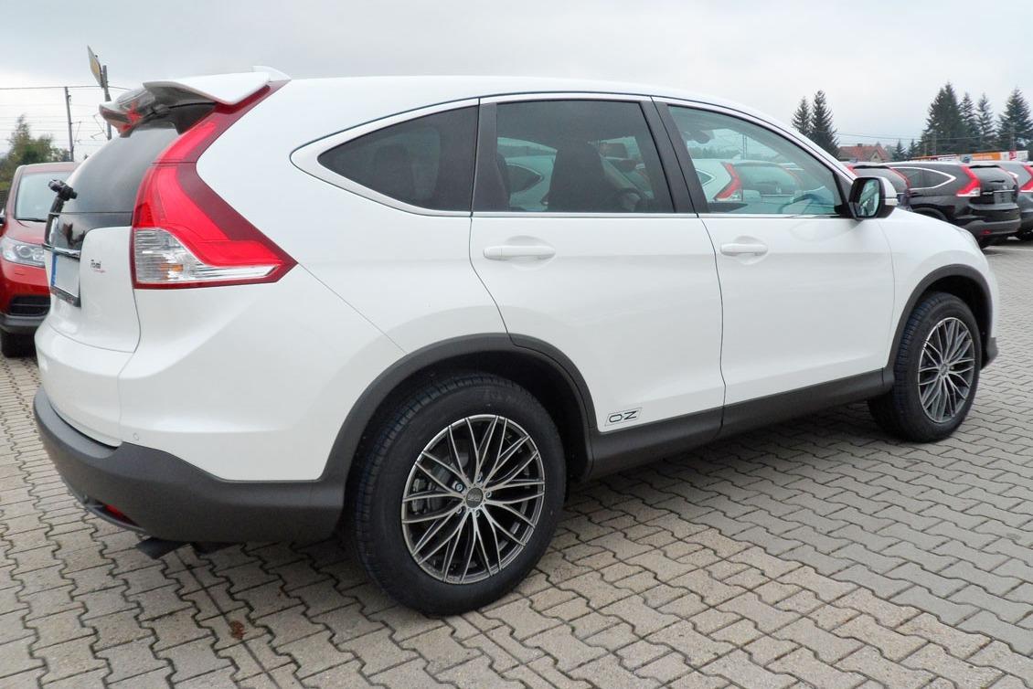 Honda CR-V + Italia 150 8×18