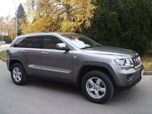 Jeep Grand Cherokee + Versilia 8×18