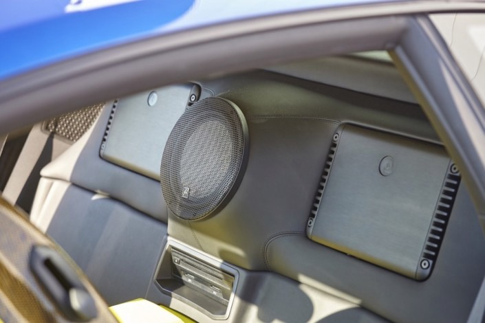 Lamborghini Huracan LP610-4 / subwoofer